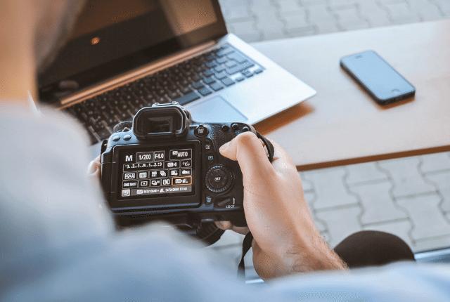 צלם אירועים, מחשב, דף נחיתה של צלמים