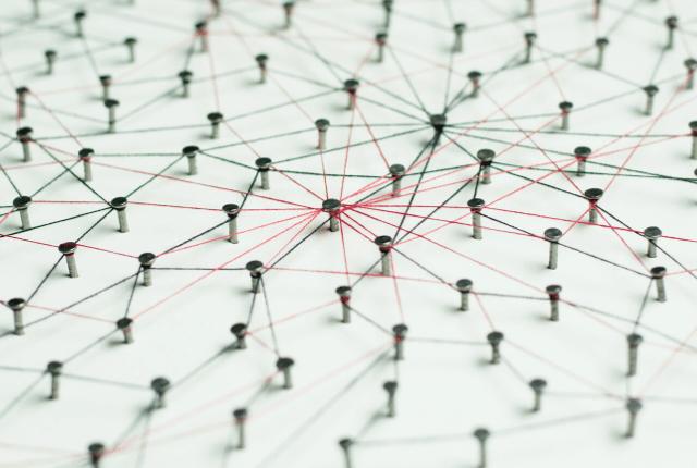 קישורים, חיבור בין נקודות, רשת